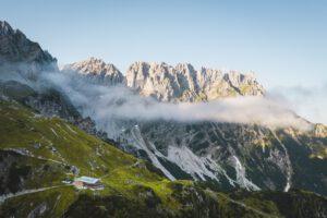 Panorama-mit-Gruttenhuette-Wilder-Kaiser-Foto-Stefan-Leitner©stefanleitner